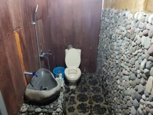 Bath room in Hotel acomodation before trekking rinjani