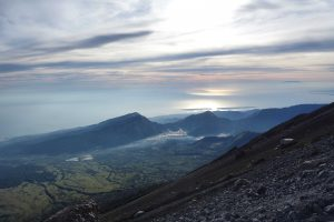 https://www.rinjanisenarutrekking.com/wp-content/uploads/2018/05/Mount-Rinjani-Trekking-on-Galery-20-300x200.jpg